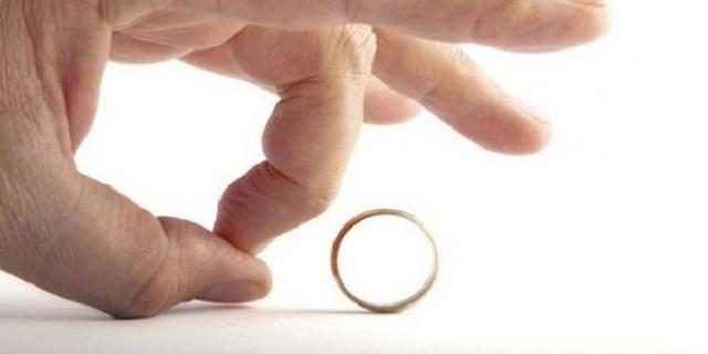 Eşinin Mesleğini Beğenmemek Kusurlu Hareket
