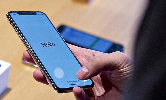 Huawei iPhone Kullandığı İçin Çalışanlarını İşten Attı