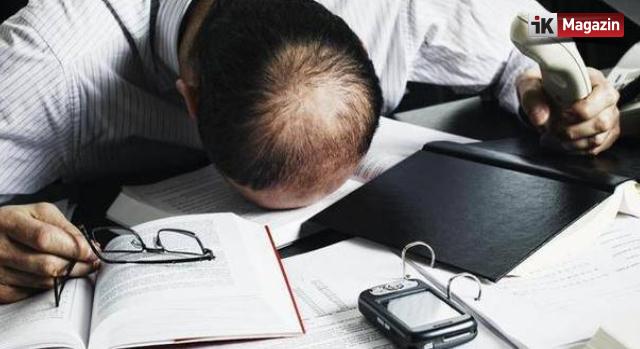 İşyerinde Uyuyan İşçiye Kötü Haber