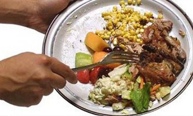 Çalışan Artık Yemeği Yedi İşinden Oldu