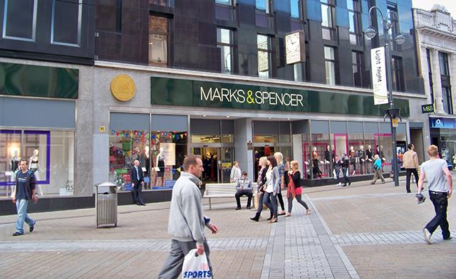 Marks & Spencer 500 Kişiyi İşten Çıkarıyor