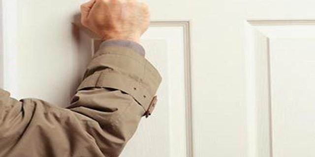 Sakın İş Yerlerine Kapıyı Çalmadan Girmeyin
