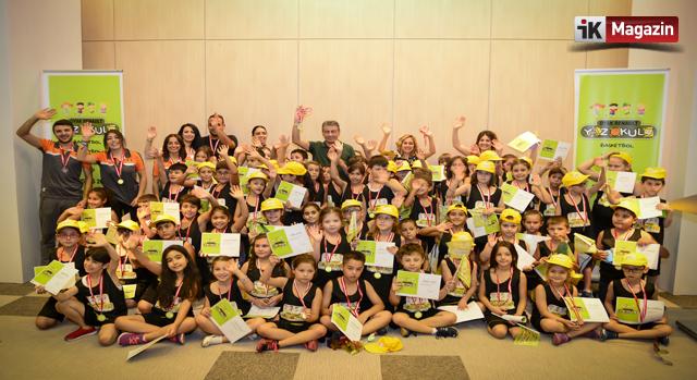 Oyak Renault Yaz Okulu Çalışan Çocukların Yaz Tatilini Renklendirdi