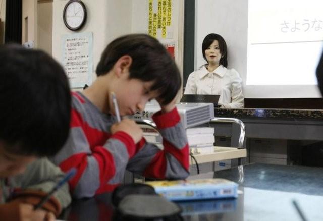Robot Öğretmenler Yakında İşe Başlıyor